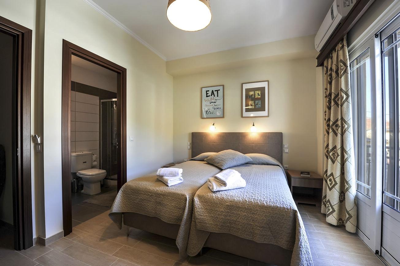 http://hotelilios.com/wp-content/uploads/DSC_0172helios-hotel-paxoi.jpg